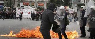 Grecia, gli scioperi fermano il Paese. L'Ue impone nuovi tagli mentre per gli altri Stati membri ha scelto la linea morbida