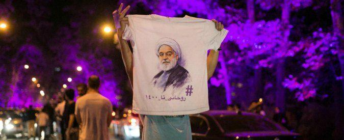 Iran, ha stravinto il Presidente dal colore viola