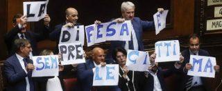 """Legittima difesa, cosa prevede il testo approvato dal Senato: impunità assoluta se si dimostra il """"grave turbamento"""""""