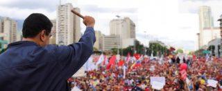 """Venezuela, Maduro: """"Riformare la Costituzione"""". Le opposizioni: """"È golpe"""". Scontri tra polizia e manifestanti"""