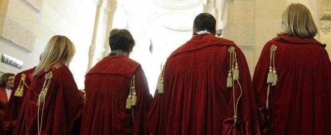 """Giustizia, il Senato approva all'unanimità il ddl contro le """"toghe sporche"""""""