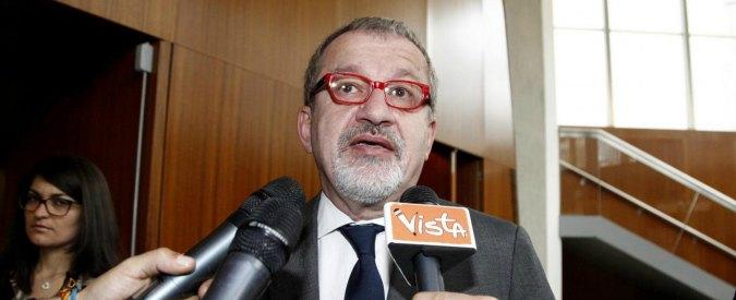 """Processo Maroni, avvocato d'ufficio incompatibile: salta un'altra udienza. Giudici: """"Stasi per assenza difesa"""""""