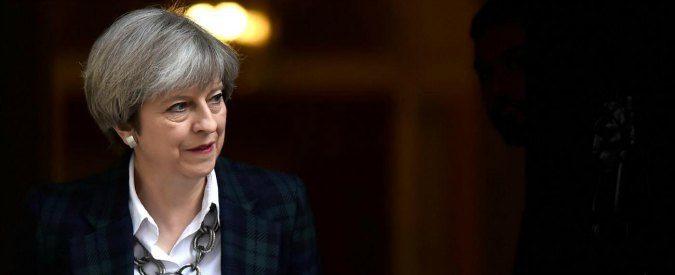 Theresa May sulla fertilità, parlare di figli per guadagnare consenso