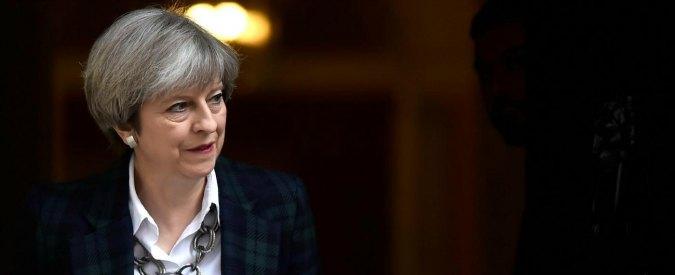 Londra, Theresa May: 'Attacco a moschea disgustoso come gli altri atti di terrorismo'