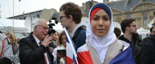 """Macron, l'entusiasmo disincantato dei supporter al Louvre: """"Ora deve riunificare un Paese spaccato e in parte razzista"""""""