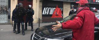 """Parigi. Sindacati, studenti e sinistra subito in piazza per avvertire Macron: """"Non tocchi il lavoro"""". Tensioni con polizia"""