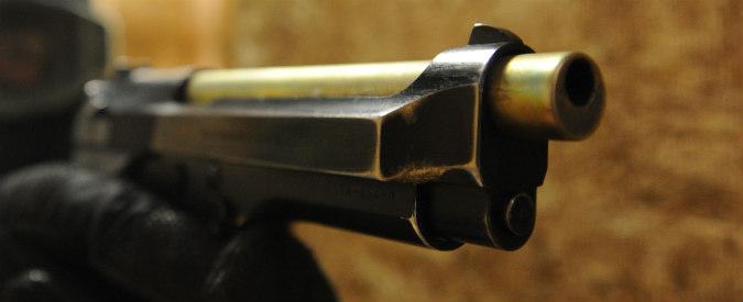 Teramo, si spara per gioco con la pistola del padre: è in condizioni critiche