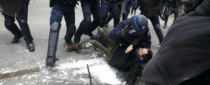 """Francia, Amnesty: """"Stato d'emergenza usato abusivamente per l'ordine pubblico e non per impedire attentati"""""""