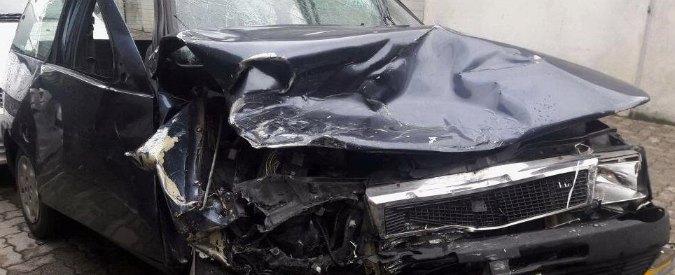 Bimba di 16 mesi morta in incidente stradale, il padre indagato per omicidio colposo