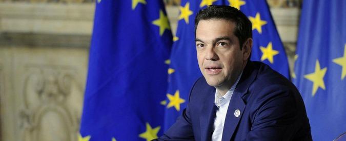 """Grecia, Commissione Ue chiude procedura per deficit eccessivo. Berlino: """"La crisi ellenica ci ha fruttato 1,34 miliardi"""""""