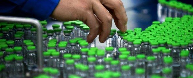 """Vaccini, Alto Adige approva mozione contro le """"misure coercitive"""" previste dal decreto del governo"""