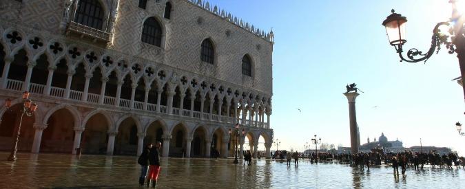 Venezia, il sindaco cerca agenti di polizia locale anti-degrado: devono essere forti, magri, atletici e senza difetti fisici