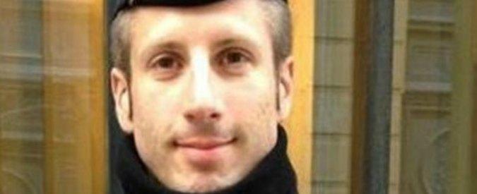 Francia, compagno sposa in nozze postume l'agente ucciso nell'attentato di Parigi