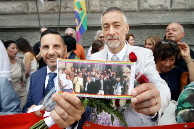 Gay Pride a Milano, oggi come 25 anni fa abbiamo celebrato l'unione civile di Antonello e Alessandro