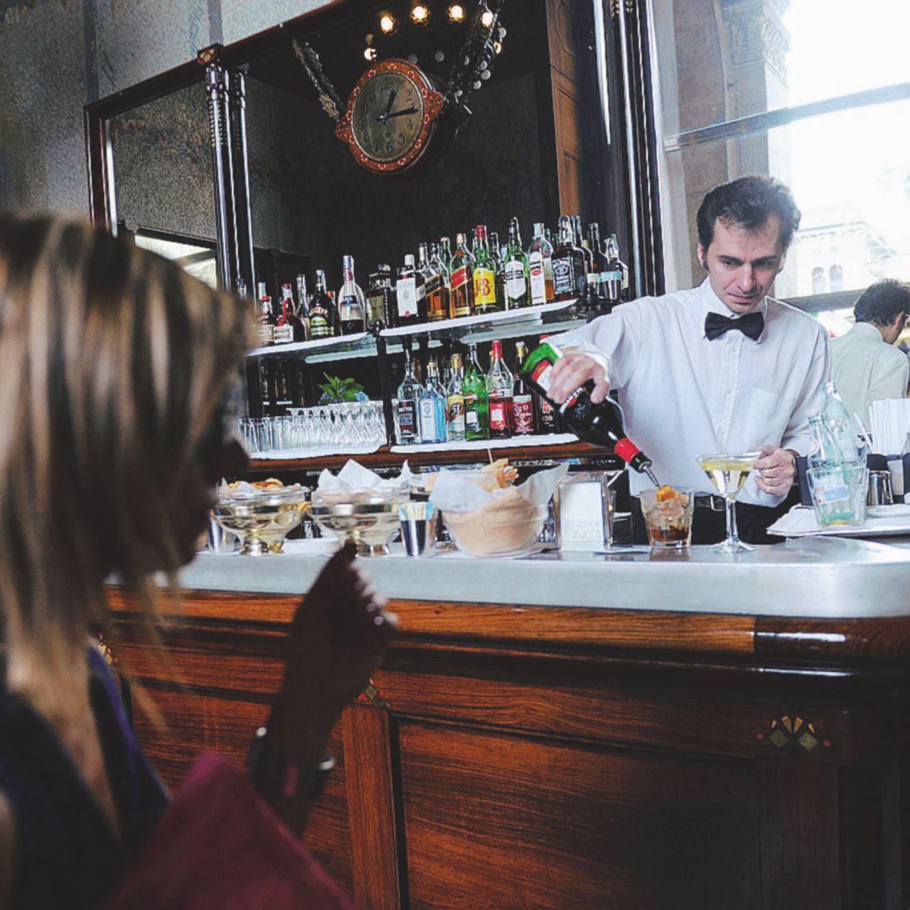 Il tovagliolino da bar, l'inutilità alle estreme conseguenze