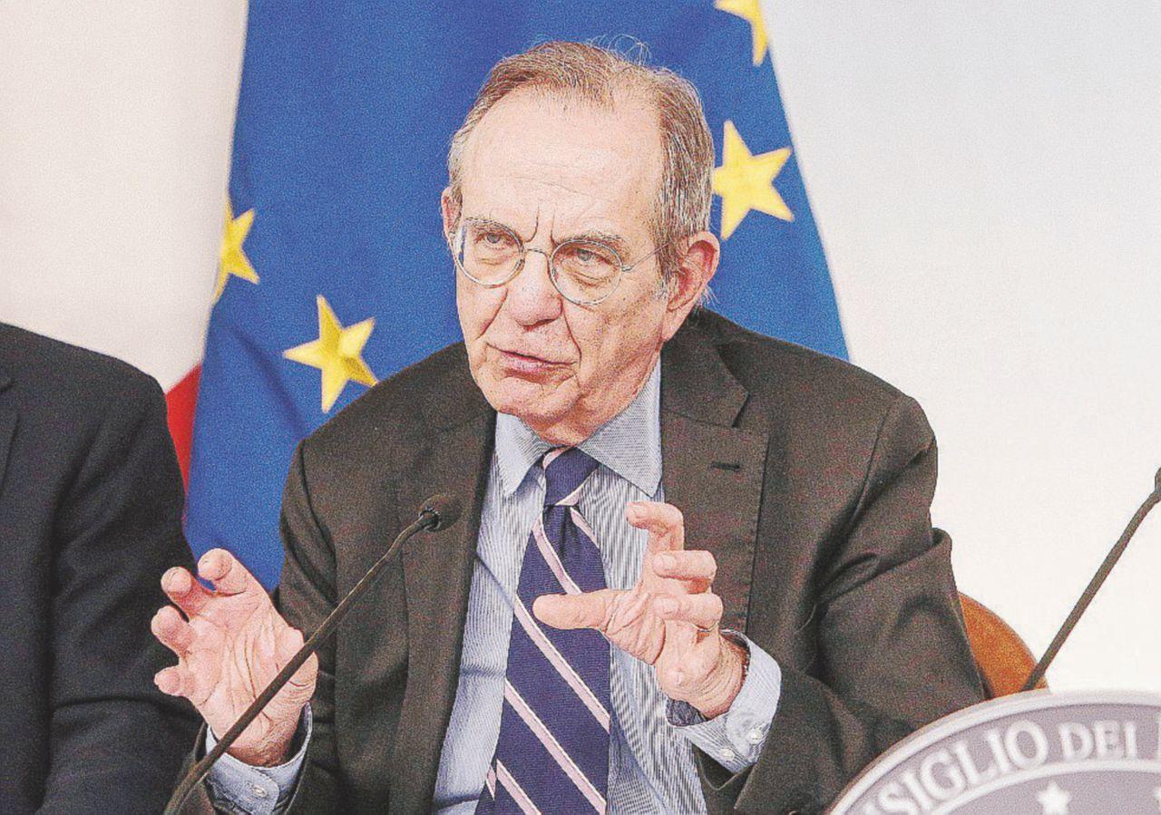 Padoan si fa lo sconto con l'Ue. L'Istat scopre un boom pre-voto