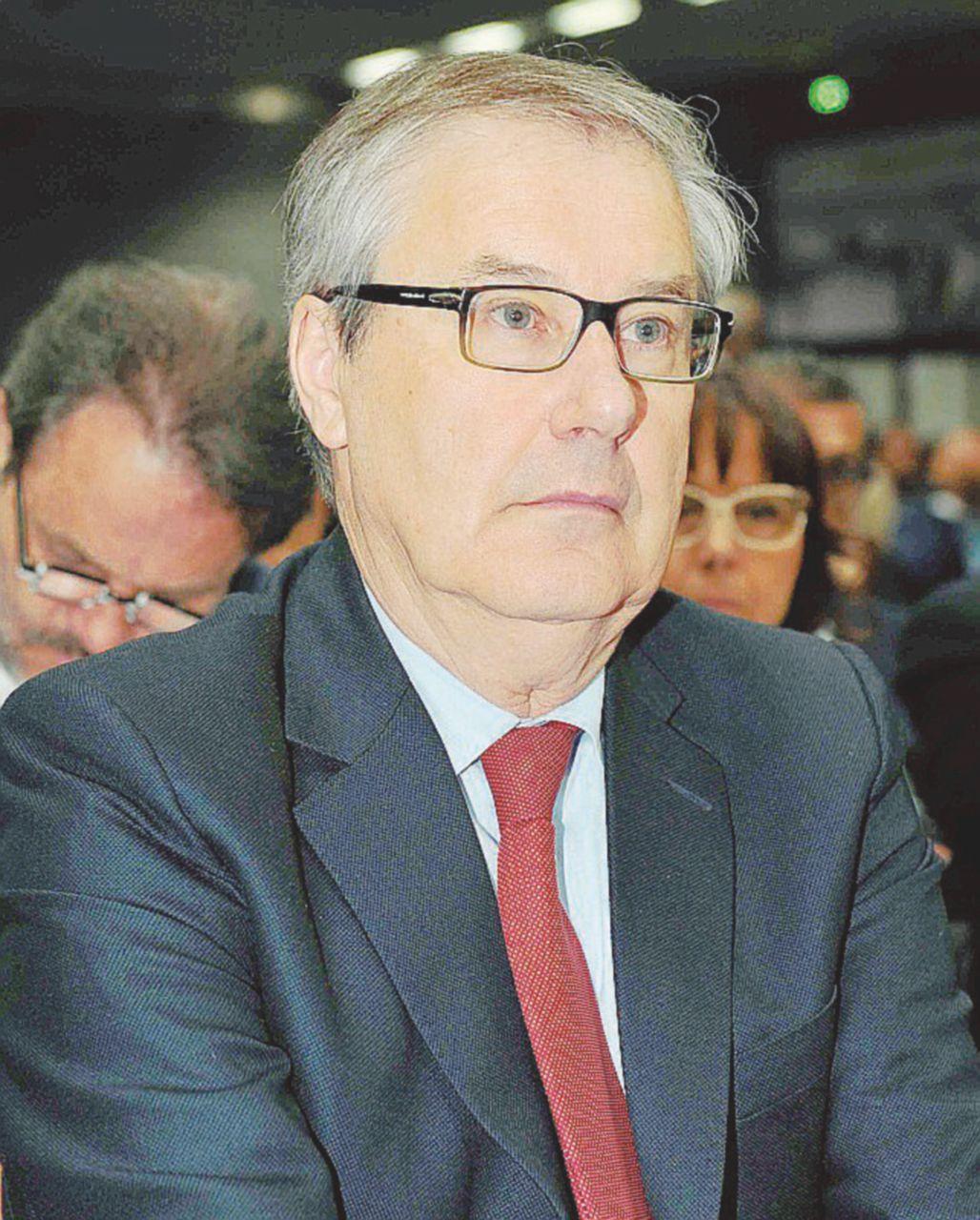 Banca Etruria, terza multa a babbo Boschi da Consob: 120mila euro per le obbligazioni vendute ai piccoli risparmiatori