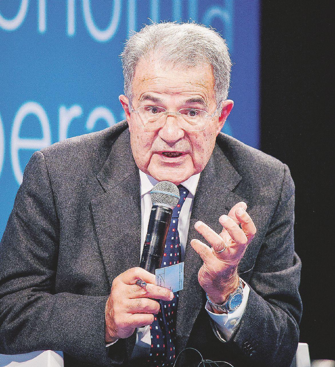 """Prodi e le alleanze: """"La mia tenda è vicina al Pd. Ma se arriva Berlusconi vado altrove"""""""