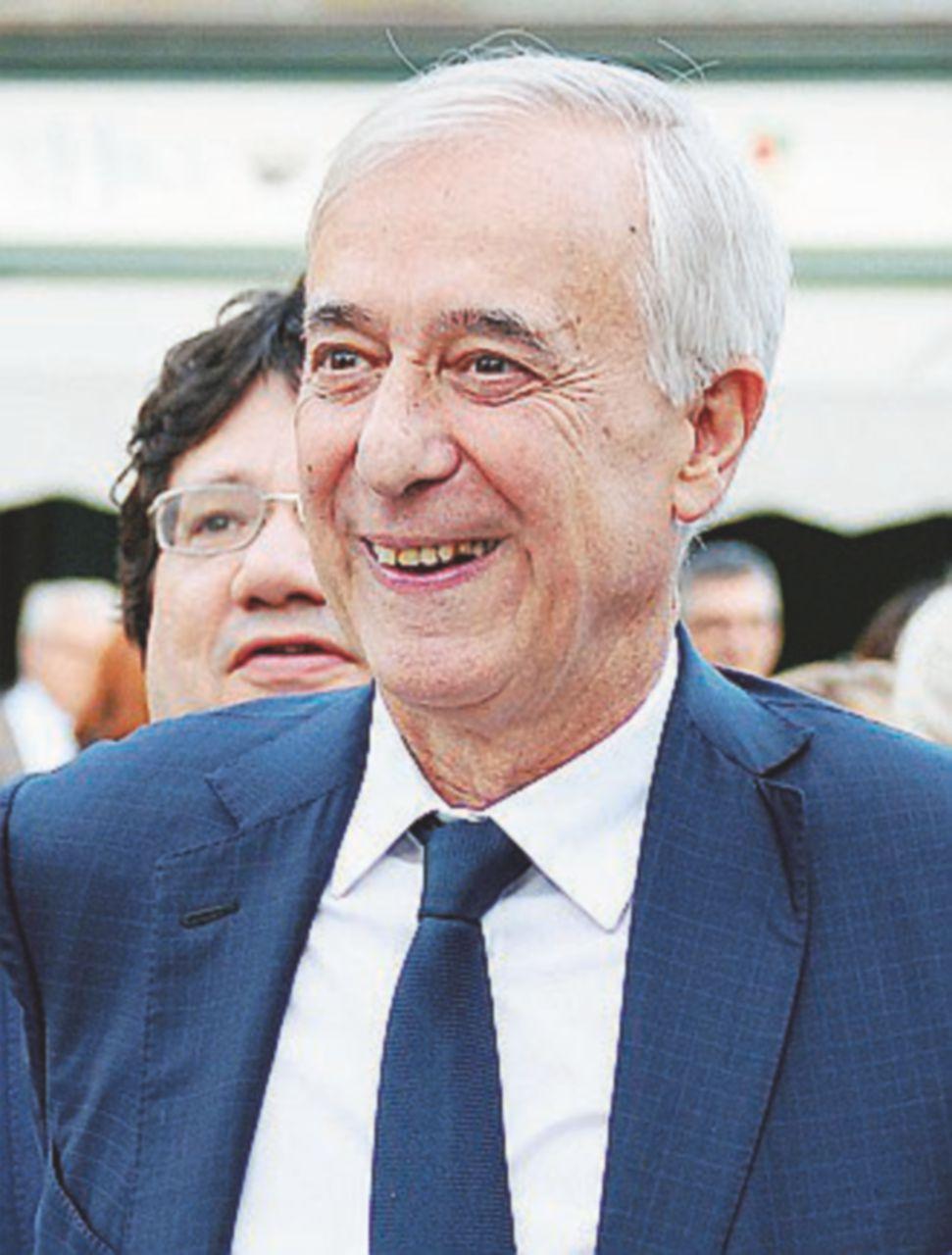 """Pisapia: """"Il Professore apprezza il mio Campo progressista"""""""