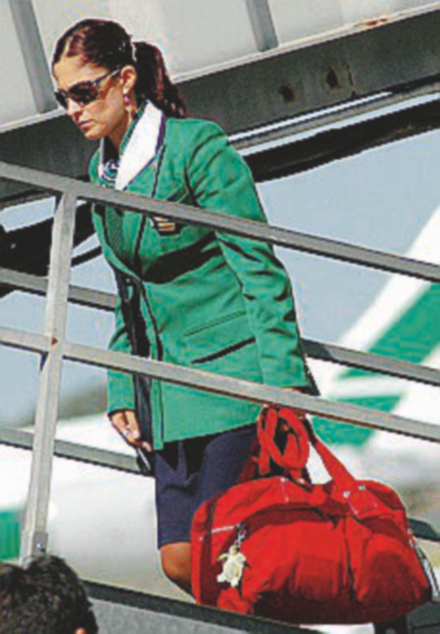 Alitalia, 1358 persone in cassa integrazione. I piloti: sarà sciopero
