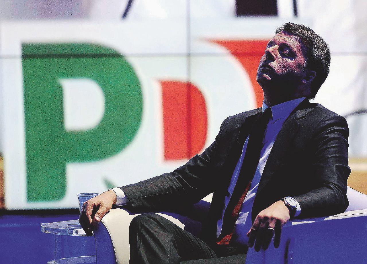 Alla fine Renzi s'è incartato: fuoco amico sul tedeschellum