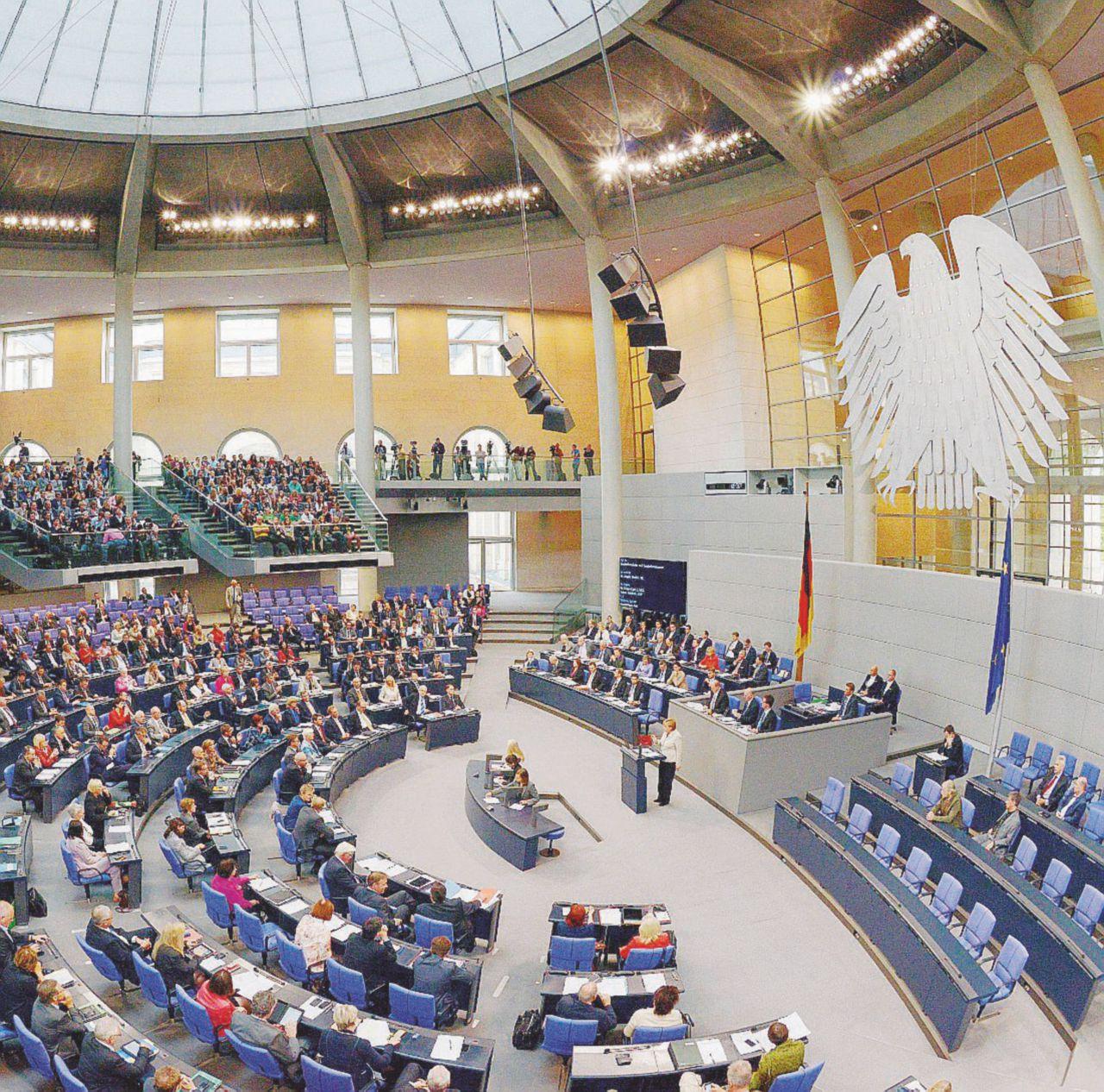 Banche e finanziarie, evasione da record a Berlino: 31 miliardi