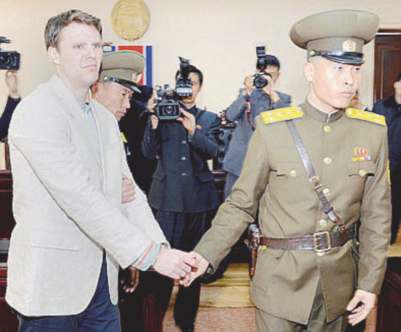 Il sonnifero di Kim mette ko studente americano: lo liberano, ma è in coma
