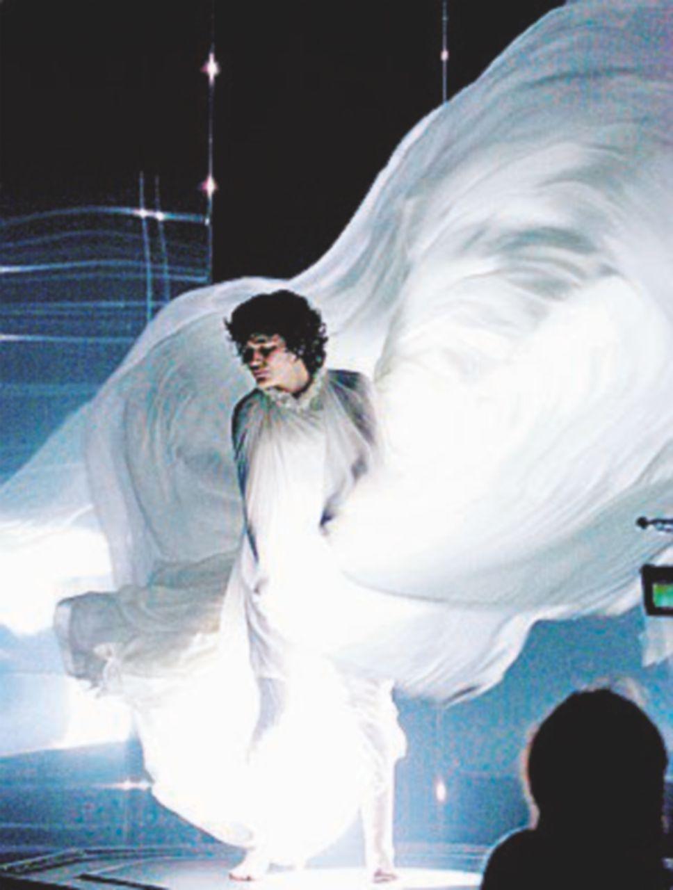 La danza di Loïe Fuller, una belle époque dimenticata dal Tempo e dagli uomini
