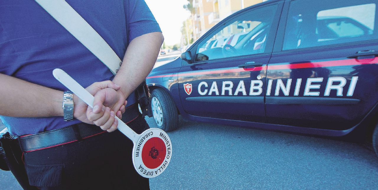 Napoli, clan sfrattava assegnatari case popolari per farle usare a spacciatori: 31 arresti