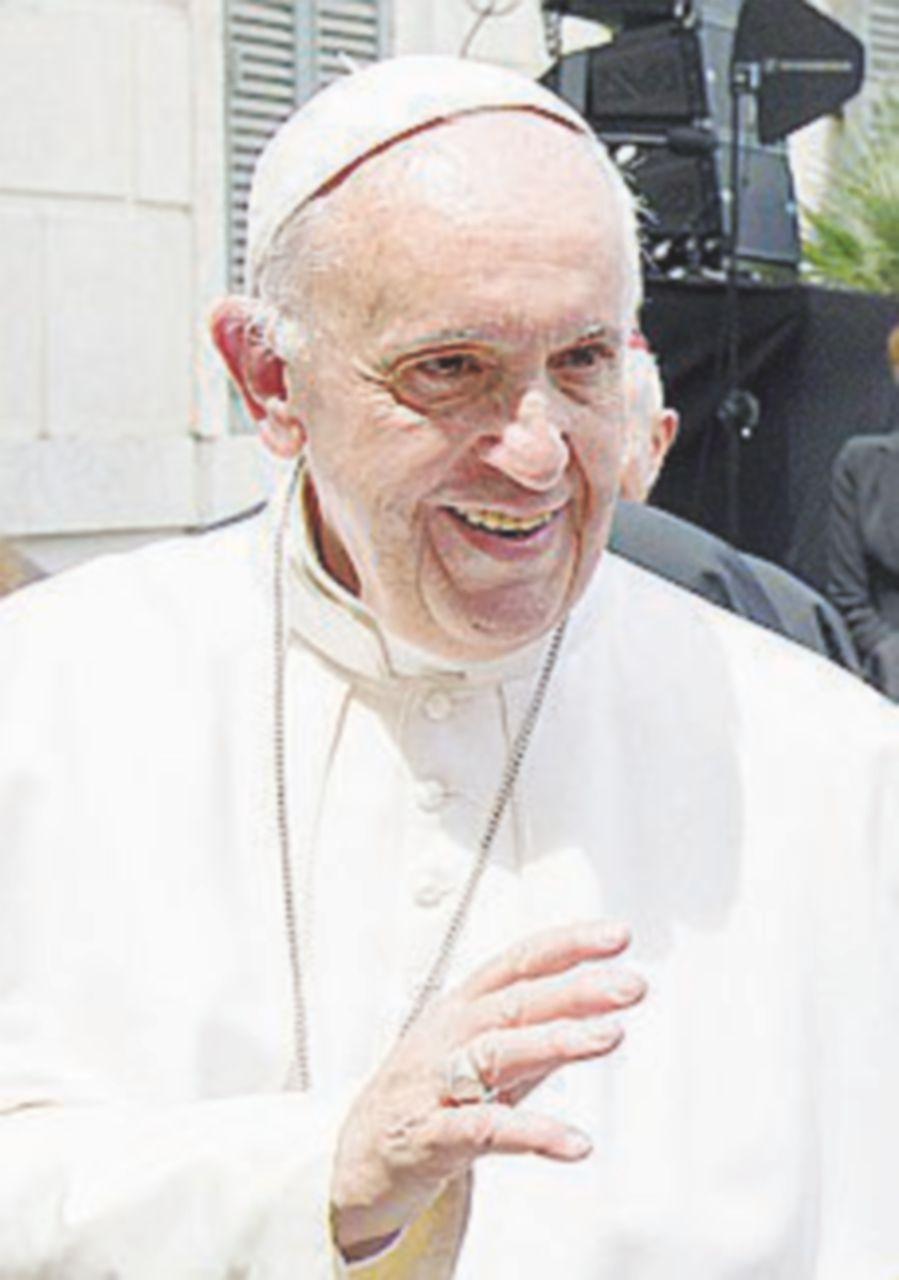 Il Papa sceglie il nuovo vescovo di Milano. In corsa Delpini