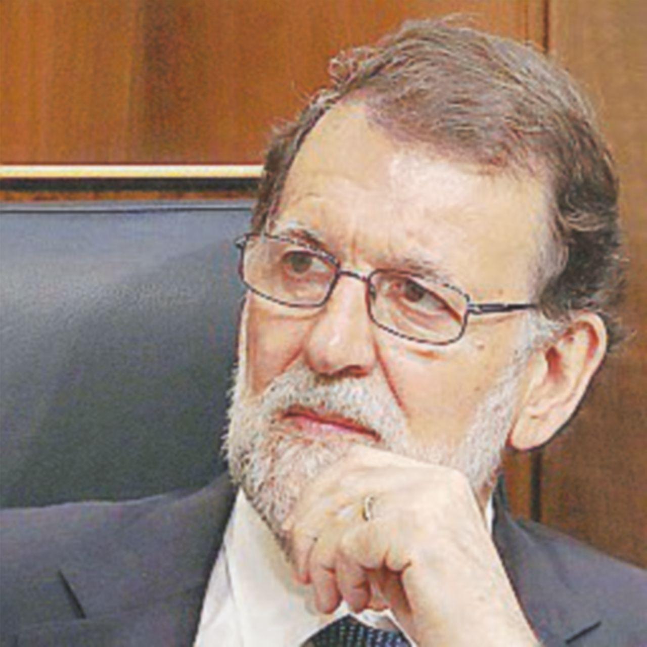 """Rajoy si salva dalla sfiducia ma """"perde"""" la maggioranza"""