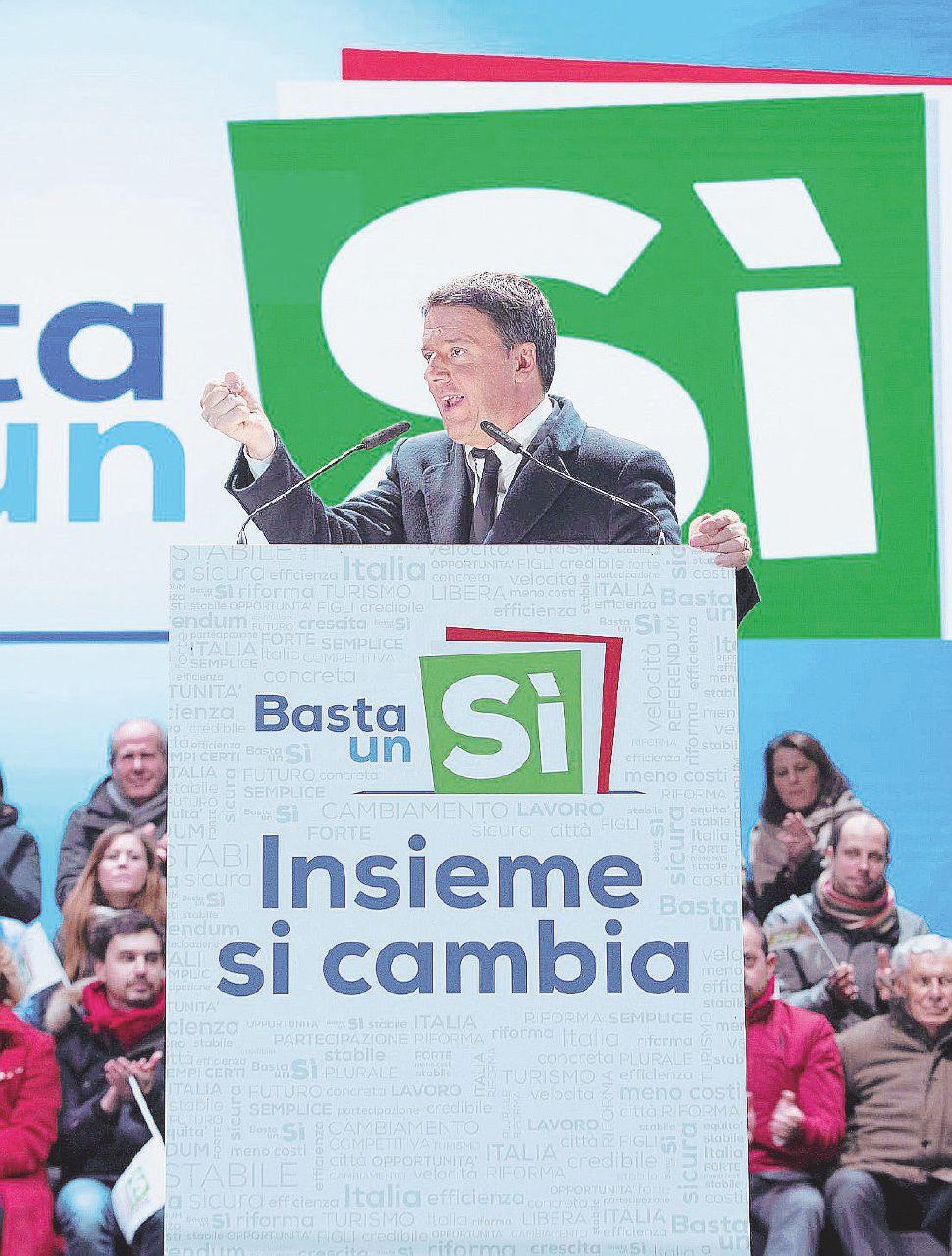 """Pd, bilancio in rosso per 9,5 milioni: ne ha buttati 14 per la campagna """"Basta un Sì"""" al referendum"""