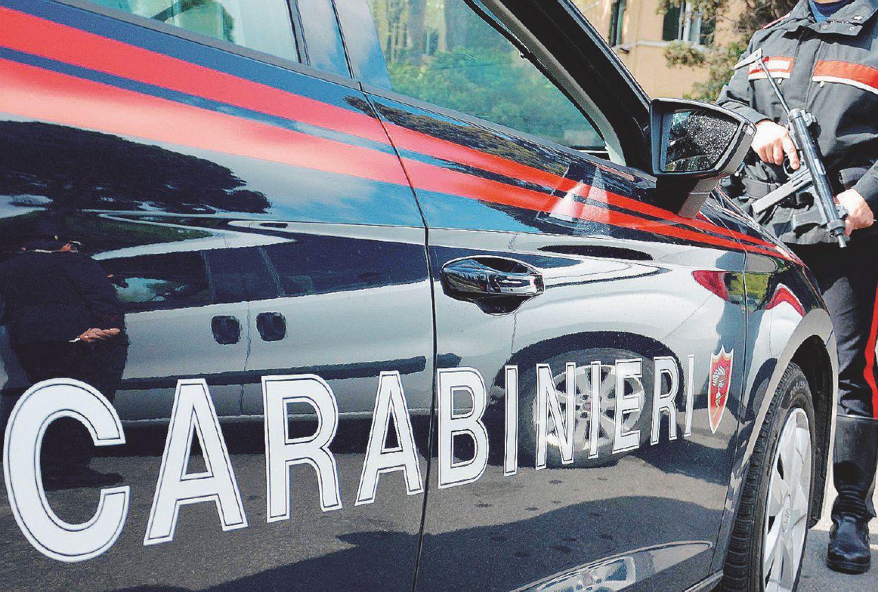 """Massa Carrara, le carte – I carabinieri picchiatori di Aulla: """"Il pm deve morire male"""""""