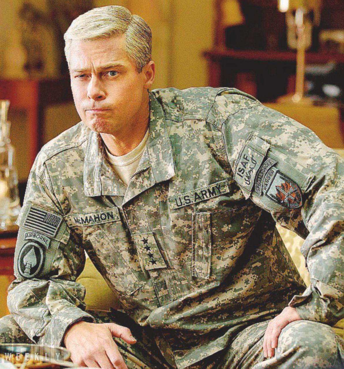 """Quando Rolling Stone """"licenziò"""". McChrystal, generale della Nato"""