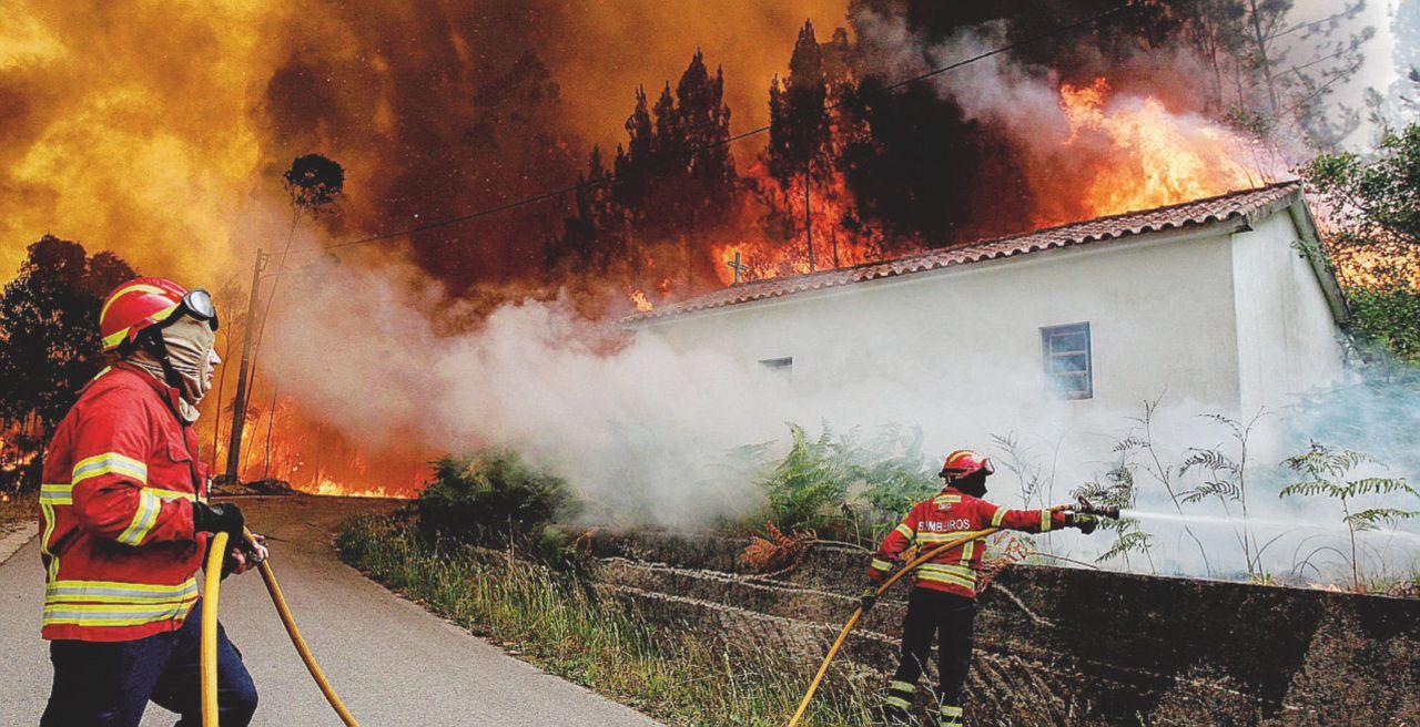 Apocalisse di fuoco: 61 morti carbonizzati