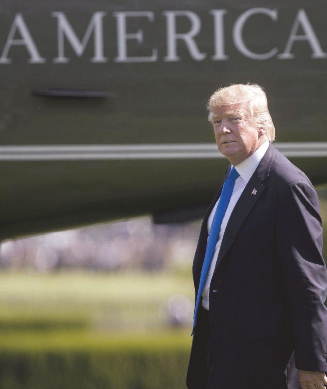 """""""Trump è ignorante e lo staff cerca di limitarne i danni"""""""