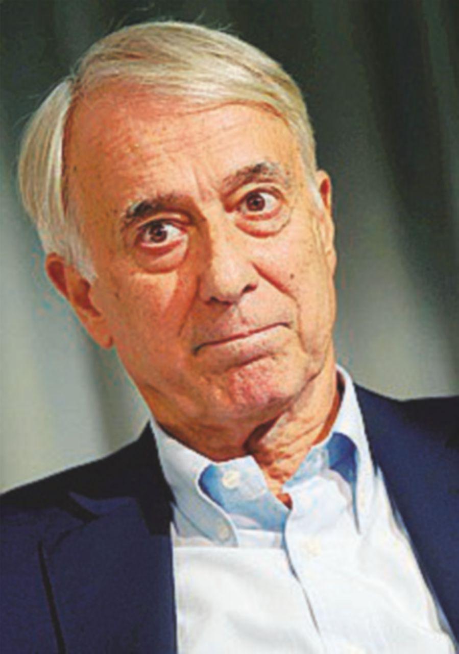 """E Max apre a Pisapia: """"Ingenerosi con lui, non l'ha creato Renzi"""""""