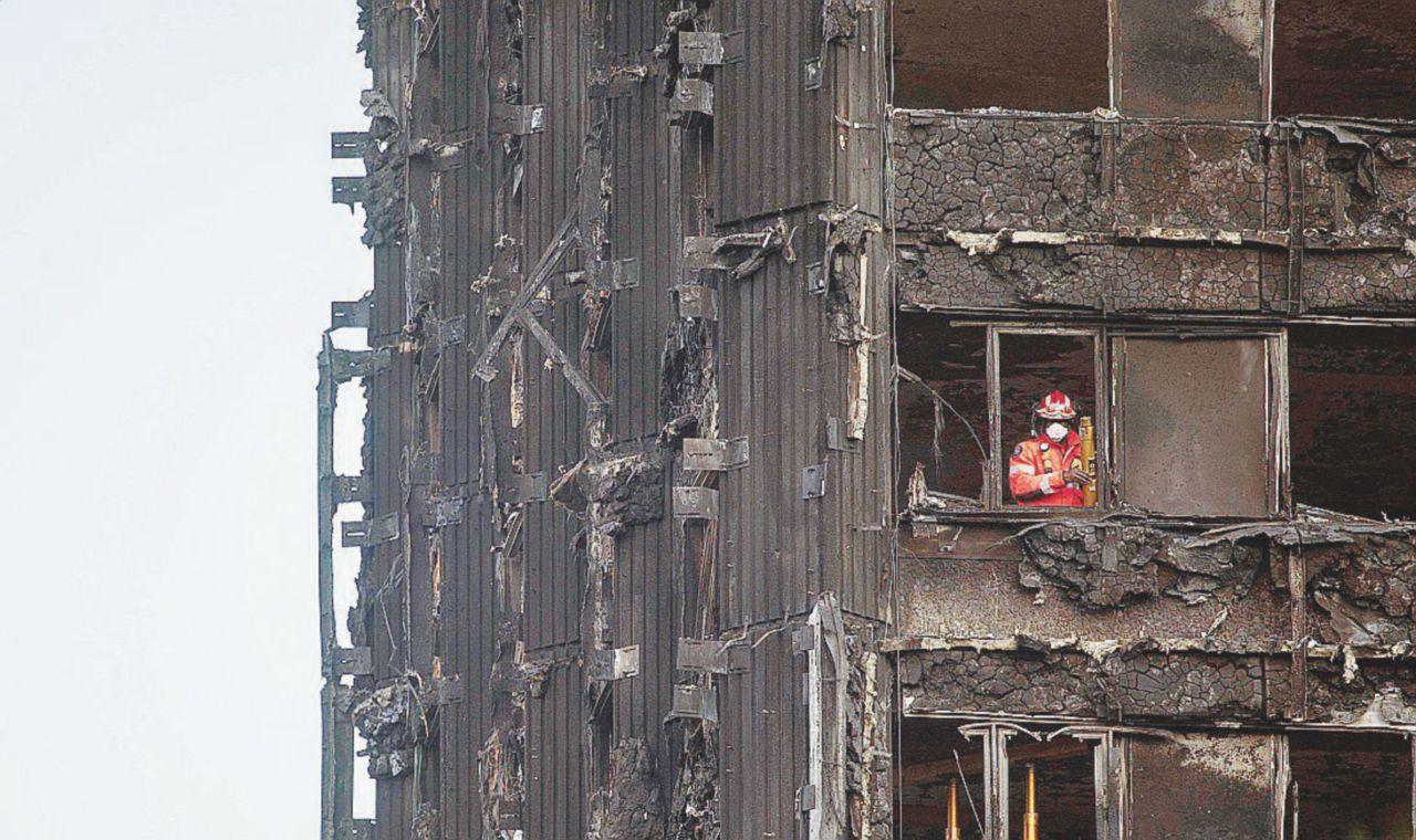 La trappola letale della torre Grenfell ignorata dai  pompieri