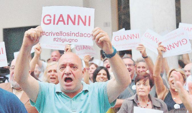 Genova rosso pallido: il lavoro se ne va, la destra fiuta il colpo