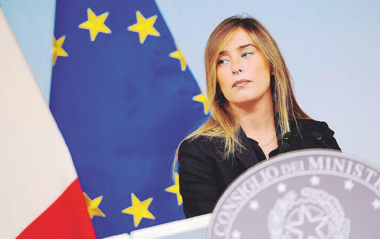 Banche, parte la commissione d'inchiesta: tremano Boschi e Visco
