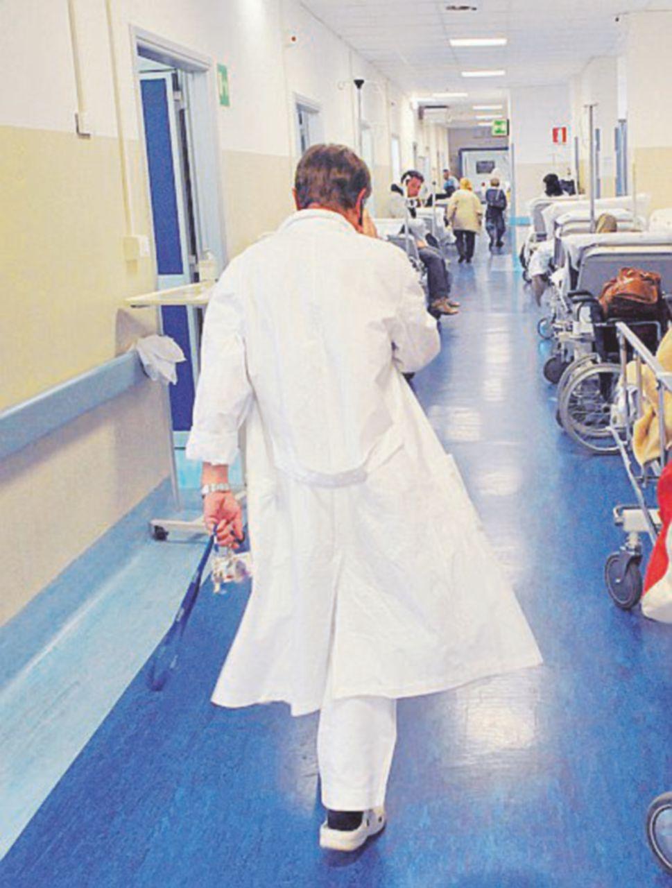 Bimbo leucemico morto di morbillo. Contagiato dai fratelli non vaccinati