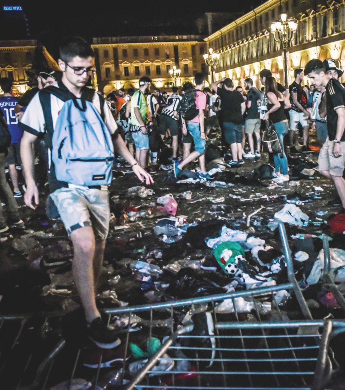 Caos in piazza a Torino: gli organizzatori nei guai