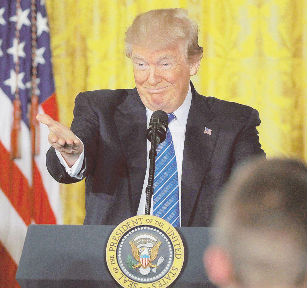 La Corte Suprema fa felice Trump: travel ban (quasi) ok
