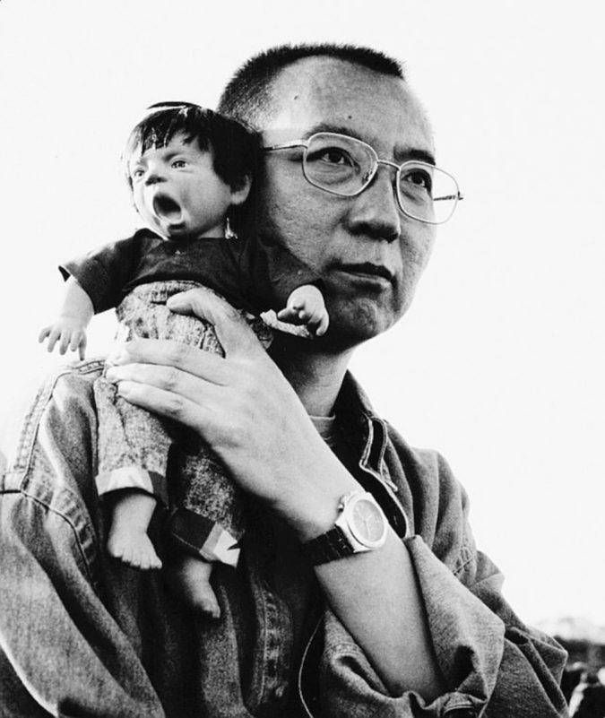 Il Nobel Liu Xiaobo libero, ma solo di morire