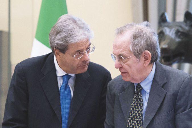 Banche, il decreto Gentiloni sospende tutte le leggi