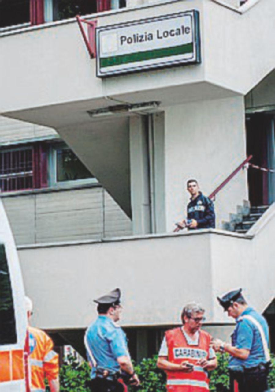Lite tra vigili: spara e uccide il superiore, poi si suicida