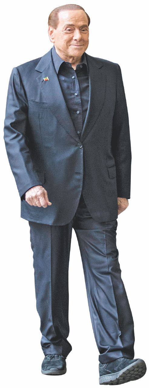 Berlusconi: come fu e come non fu che s'innamora sempre dei suoi sicari
