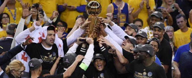 "NBA, ""i Golden State Warriors boicottano Trump: non vanno alla Casa Bianca"""
