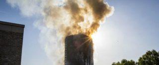 """Incendio grattacielo Londra, i testimoni: """"Le persone gettavano i figli dalle finestre per salvarli. Sembrava l'11 settembre"""""""