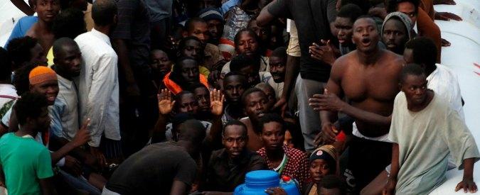 """Lampedusa, arrestato cittadino somalo di 23 anni: """"Torturava i migranti in Libia"""""""